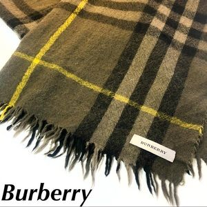 Burberry Scarf Check Print Green Large